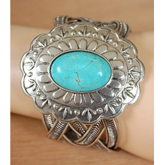 Bracelet Turquoise Howlite Concho Country Western
