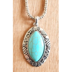 Collier Pendentif Turquoise Oval Oeil de Cheval Country Western
