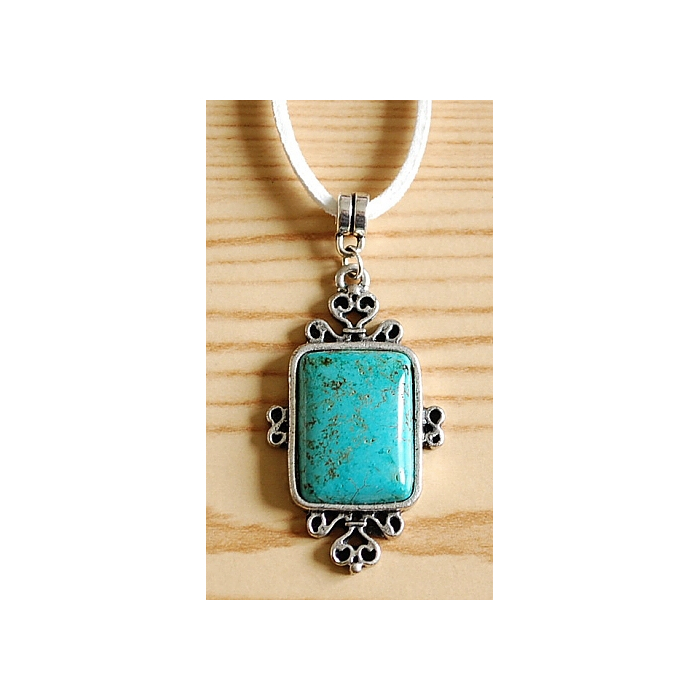 Collier Pendentif Rectangle Cabochon Turquoise Country Western